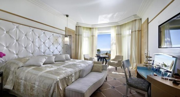 3 - Grand Hyatt Martinez Cannes – Kral Süit